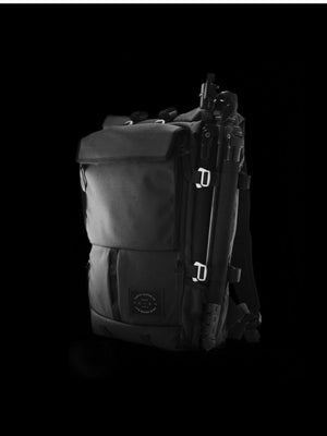 Life Behind Bars The Peloton Rolltop Backpack 30-42L Asphalt - MORE by Morello Indonesia