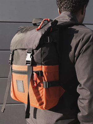 Topo Designs Rover Pack Black Clay