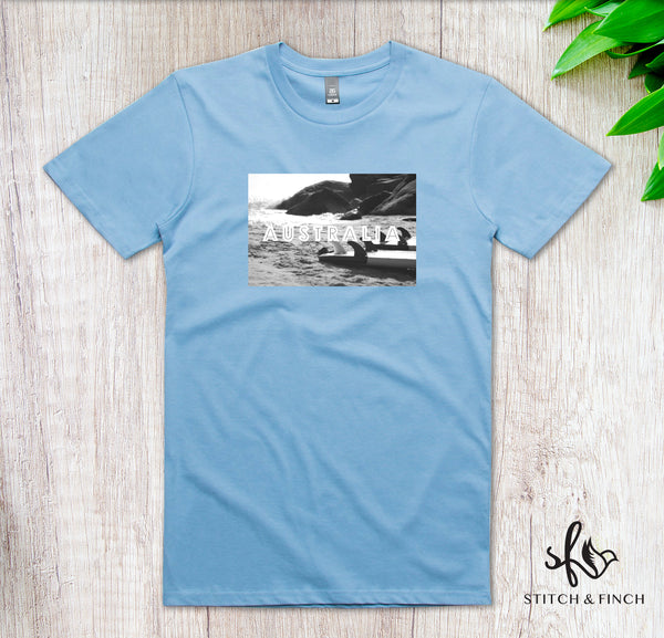 Au Beach Greyscale - Men's Crew Neck T-shirt