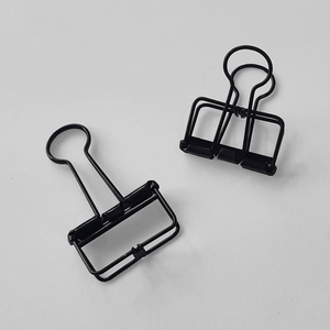 KaRiniTi Studio Black Hollow Binder Clip