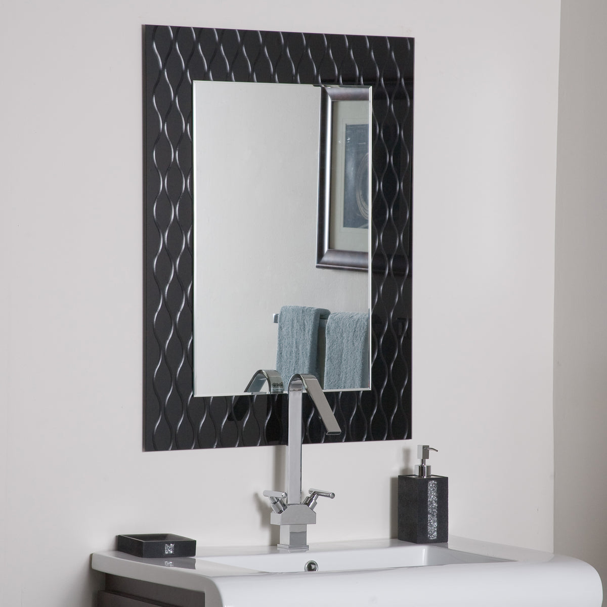 Modern Mirrors For Bathrooms: Decor Wonderland Strands Modern Bathroom Mirror