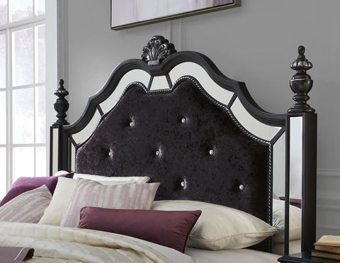 Global Furniture Diana Black Poster Bed