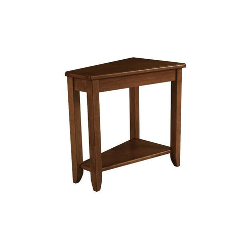 Hammary Chairsides Wedge Chairside Table in Oak