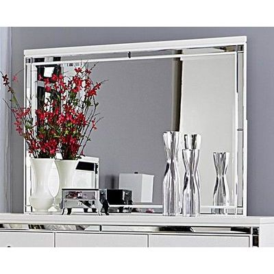 Homelegance Alonza Mirror In White