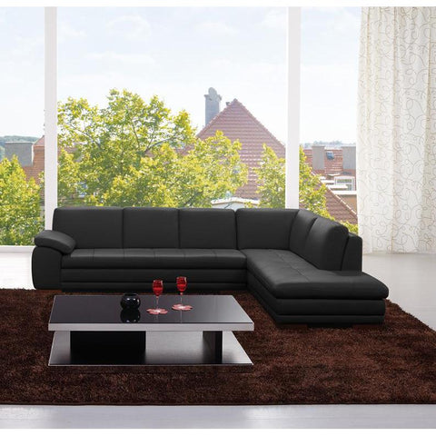 J&M 625 Italian Leather Sectional In Black