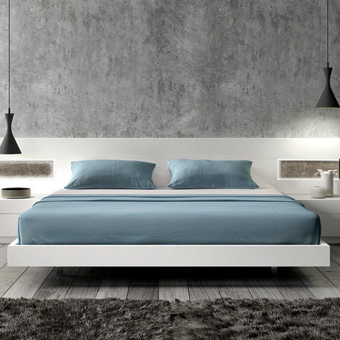 J&M Furniture Amora Platform Bed in White Lacquer & Stone Slate