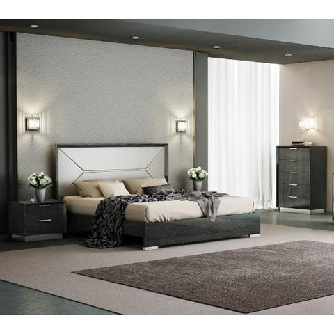 J&M Furniture Monte Leone 3 Piece Queen Platform Bedroom Set w/Chest in Grey