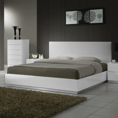 J&M Furniture Naples Platform Bed in White Lacquer