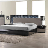 J&M Furniture Roma Platform Bed in Black & Grey Lacquer