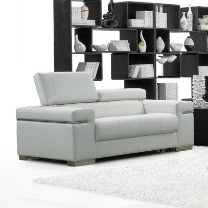 J&M Furniture Soho Loveseat in White Leather