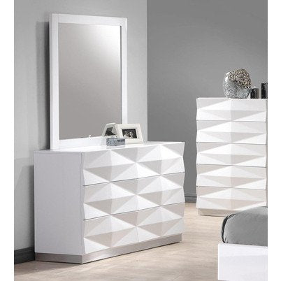 J&M Furniture Verona Dresser w/ Mirror in White Lacquer