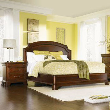 Legacy Evolution 2 Piece Platform Bedroom Set in Mahogany