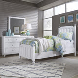 Liberty Furniture Cottage View 2 Piece Panel Bedroom Set in White