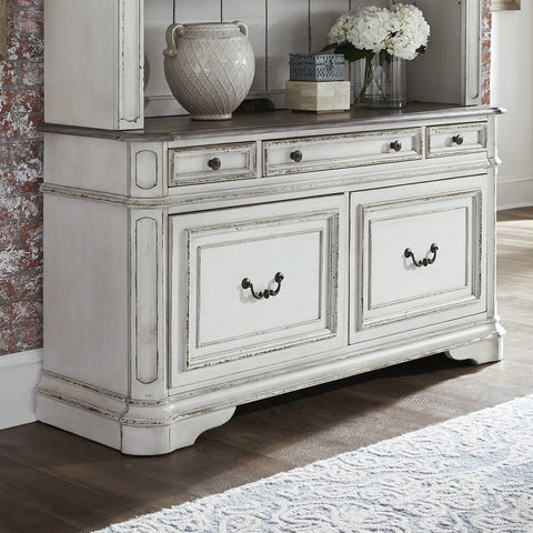 Liberty Furniture Magnolia Manor Credenza w/Hutch