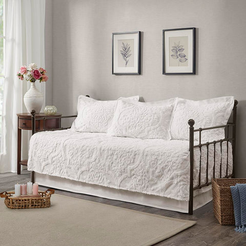 Madison Park Viola 5 Piece Tufted Cotton Chenille Daybed Set Daybed