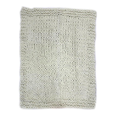 Moes Home Abuela Wool Throw in Natural