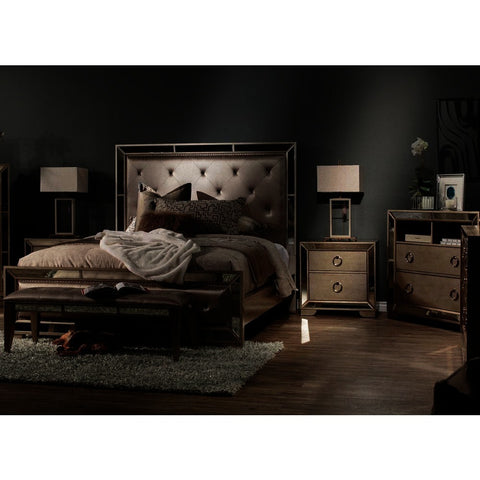Pulaski Farrah 5 Piece Upholstered Platform Bedroom Set in Metallic