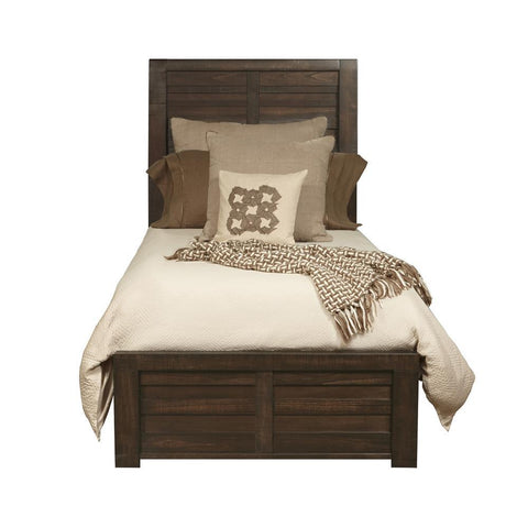 Pulaski Templeton Square Platform Bed in Brown