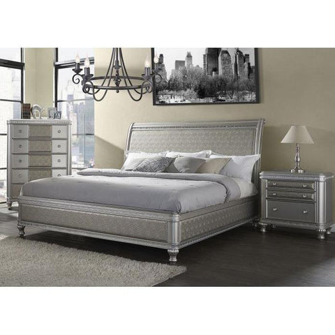 Steve Silver Midtown 3 Piece Sleigh Bedroom Set w/Chest in Platinum