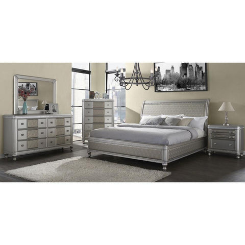 Steve Silver Midtown 4 Piece Sleigh Bedroom Set w/Chest in Platinum