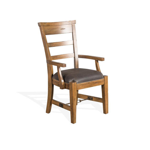 Sunny Designs Sierra Arm Chair in Dry Leaf