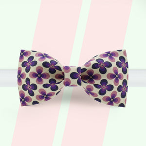 Purple clover printed bow tie
