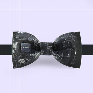 Black integrated circuit bow tie