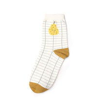 Pear patterned white checked ankle socks