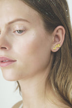 Polar jewelry magician ear crawler earring ear climber tarot amethyst white peridot lavender light green collection gift jewellery gold silver mystical love present for women best jewelry brand denmark scandinavian minimal playful diamond necklace bracelet gold chain gemstones jewelers pearl wedding engagement promise charm cz stores pendant moon stars sun organic waves fashion copenhagen