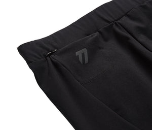 Women's compression shorts pocket