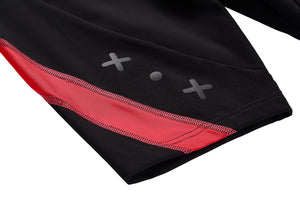 Women's compression shorts logo detail