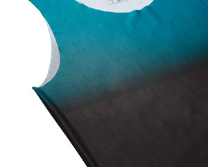 Men's fitted technical tank top dark cyan fade detail