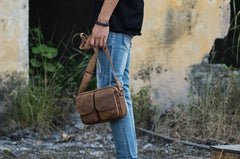 Cool Small Leather Mens Shoulder Bags Messengers Bag for Men