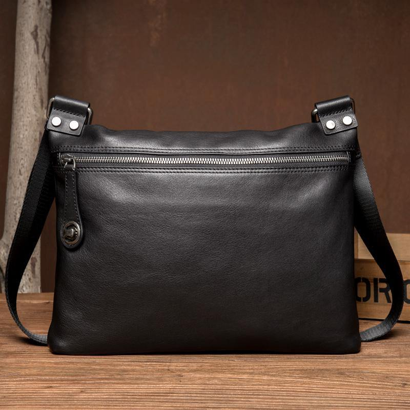 Fashion Black Leather 10 inches Mens Courier Bag Messenger Bags Postman Bag for Men