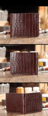 Brown Crocodile Pattern Leather Mens  billfold Wallet Bifold Small Wallet For Men