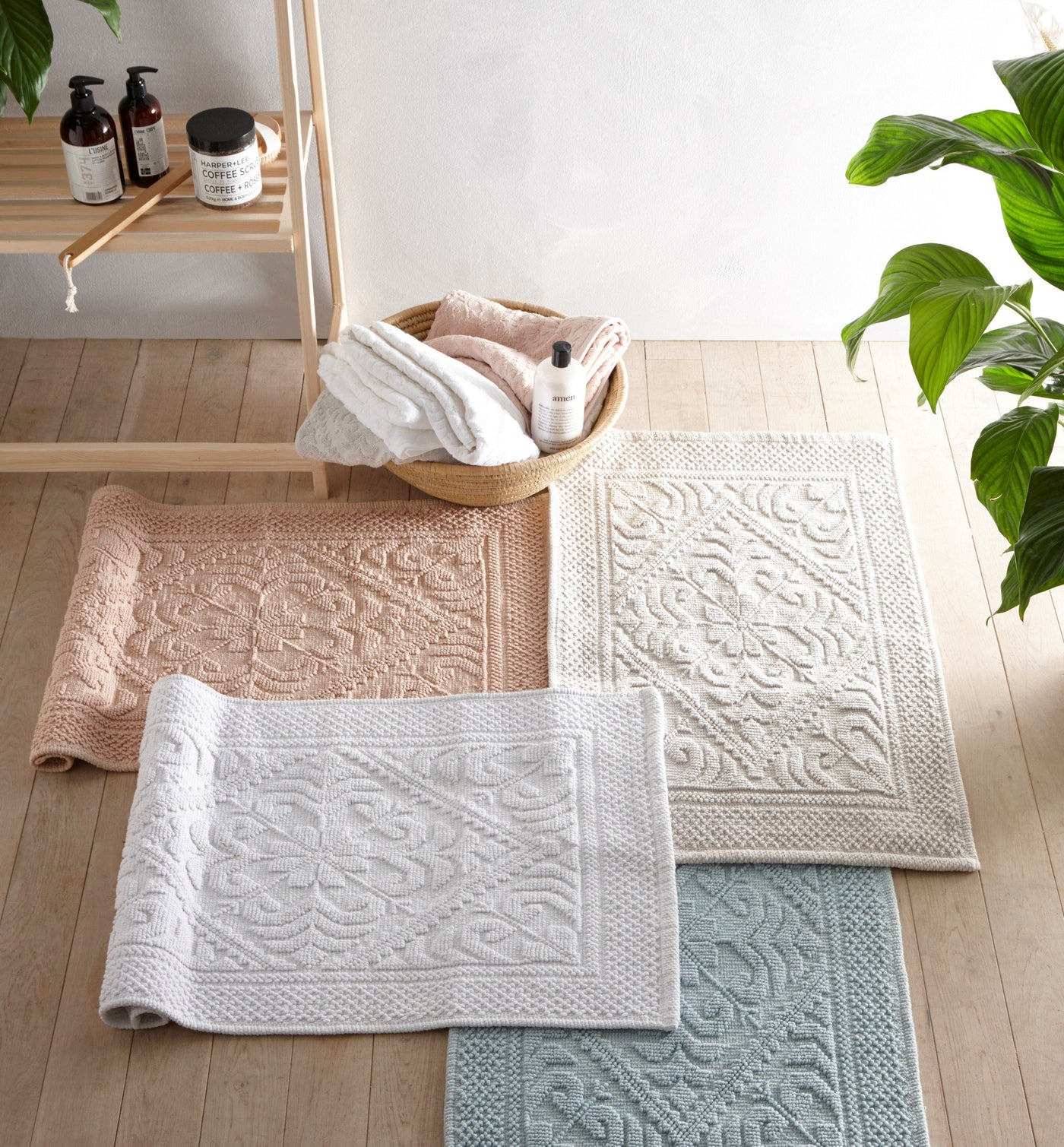 Country House - Bathroom Towels and Mats