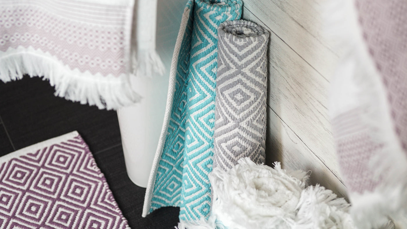 jacquard towels and bath mats