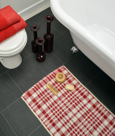 Christmas Check Bath Mat - Allure Bath Fashions