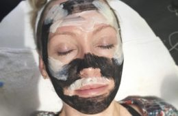 A model with ALINE SCOTTSDALE Skincare's desert inspired skincare facial clay mask.