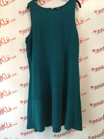 BB Dakota Size 18 Sea Green Dress