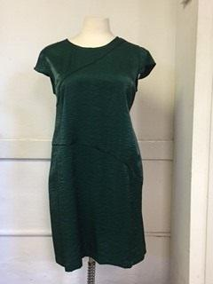 OVAL Green Size 14 Shift Dress