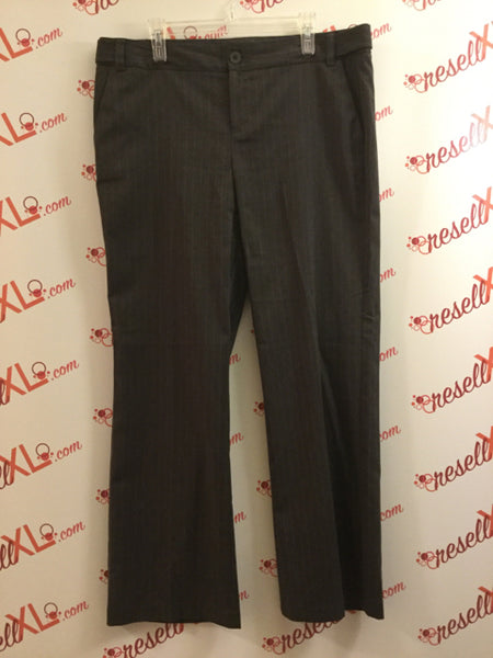 G.H. Bass & Co. Size 16 Dark Gray Pinstripe Pants