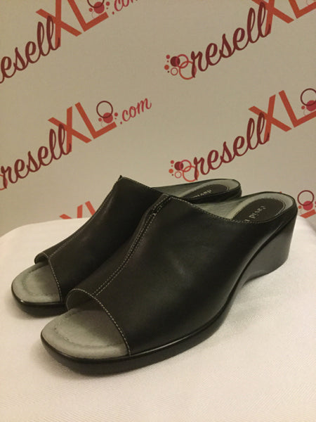 David Tate Size 11 Black Backless Wedges