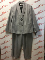 Le Suit Size 22W Gray 2 PC Suit