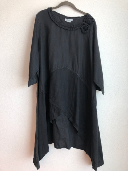"Cheyenne Size 2X Black ""Wearable Art"" Top/Tunic"