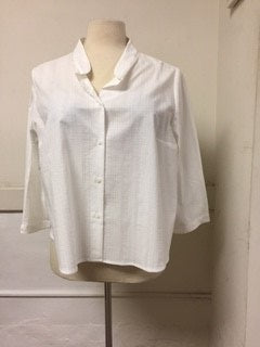 Oval Clothing 18WP White Blouse