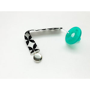 Black and White Diamond Eye Pacifier Clip - Petite Chalet