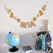 custom name banner/garland in kid's room