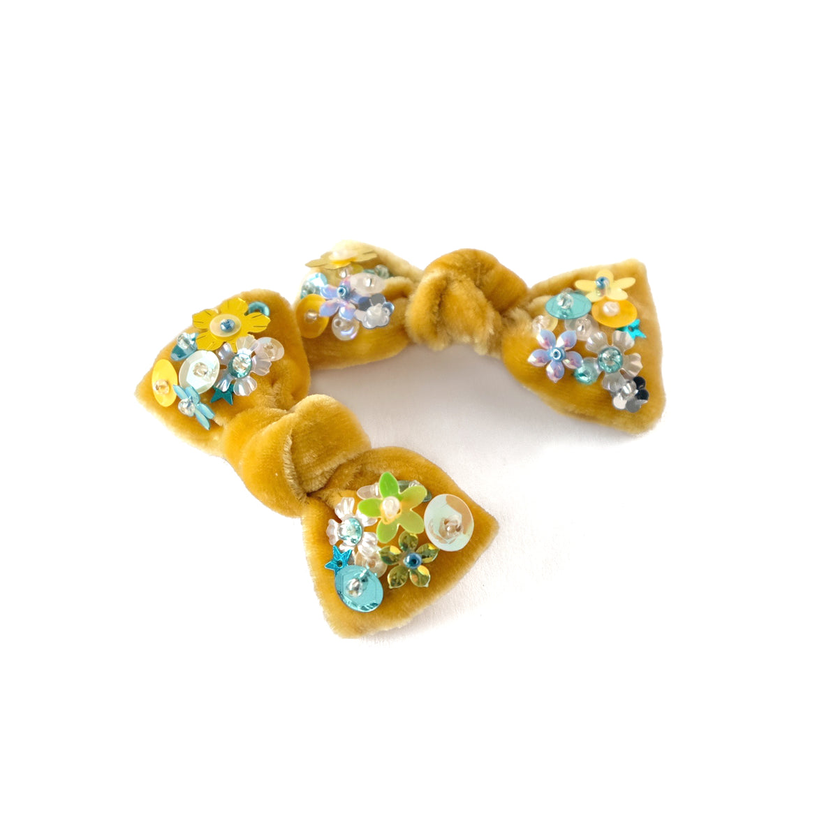 Hair bow with sequin, pigtail set, in honey yellow colored velvet.
