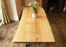 Fraxinus - Live edge ash table